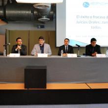 Miembros del Presidium, el maestro Juan Antonio Rubio Gutiérrez, el doctor Sergio Lorenzo Sandoval Aragón, el maestro Aldo Iván Reynoso Cervantes y el maestro Alberto Esparza Zamora.
