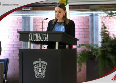Rectora del Centro Universitario de la Ciénega maestra María Felícitas Parga Jiménez, dando Informe de Actividades 2016