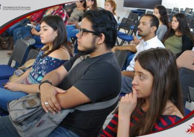 Alumnos del Centro Universitario de la Ciénega