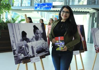 Minerva Méndez ganadora de la mención honorífica